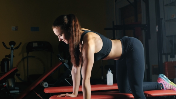 Download Attractive Girl Athlete In The Gym. nulled download
