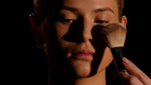 Download Make-up Artist At Work. Black.  nulled download