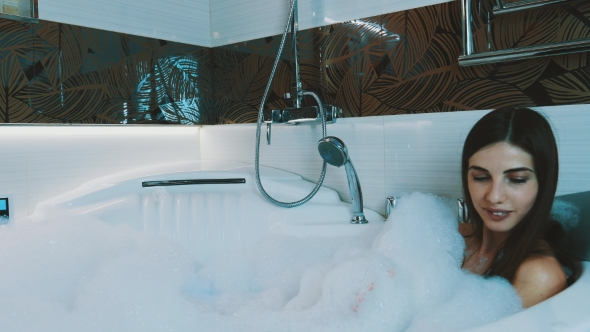 Teen Girls Bathing Videos