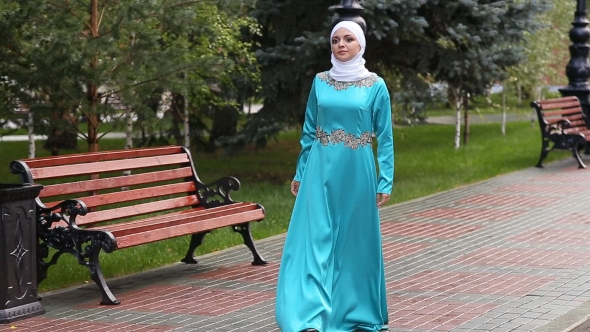 Download Young Girl Advertises Muslim Clothing nulled download