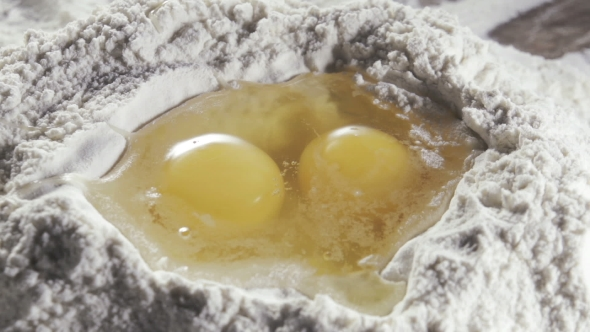 Download Egg Dropping Into Flour nulled download