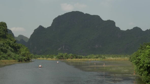 Download Boat Tours In Trang An, Vietnam nulled download