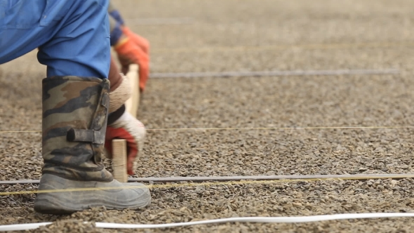 Download Workers Leveled Gravel nulled download