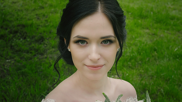 Download Young Bride Portrait Outdoor nulled download