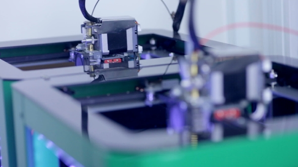 Download Two 3D Printers Creating Objects nulled download