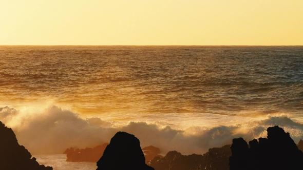 Download Waves Atlantic Ocean Breaking Onto Rocks nulled download