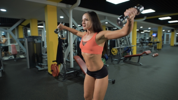 Download Fit Girl Lifts Weights nulled download