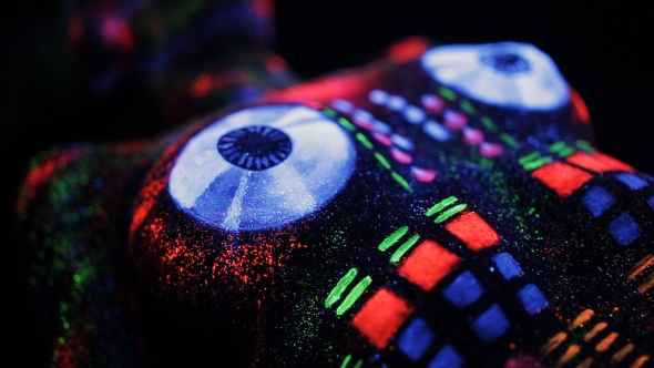 VideoHive Topless Girl Painted In UV Powder As a DJ Panel 18442904