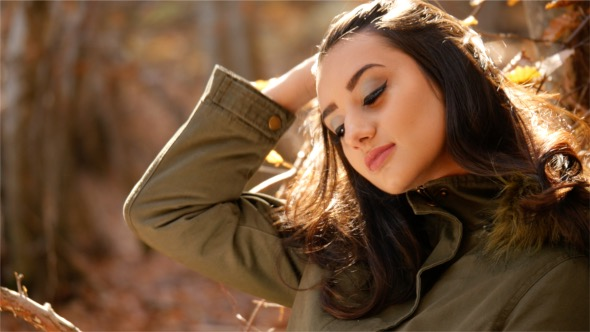 VideoHive Autumn Girl 18654294