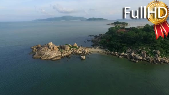 VideoHive Aerial View of the Peninsula and the Landmark 18883771