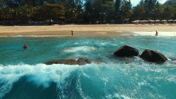 VideoHive Aerial Wave Splash Near the Beach 19011633