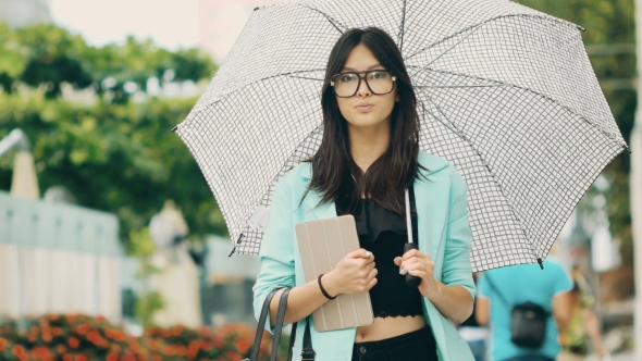 VideoHive Beautiful Asian Young Woman with Tablet in City Street 19013351