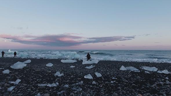 VideoHive Photographers At The Black Diamond Beach 19117122