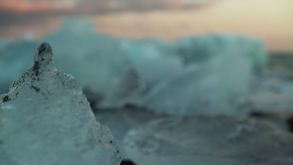 VideoHive Jokulsarlon Iceberg Beach 19126896