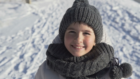 VideoHive Young Girl Portrait in Winter Time 19133990