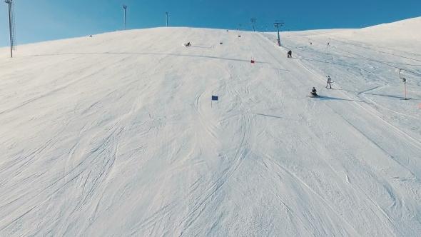 VideoHive Skier Rides Downhill 19136540