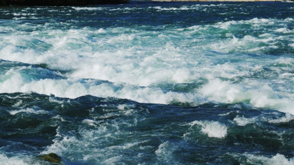 VideoHive Raging Rapids of the Niagara River Before the Waterfall 19156285