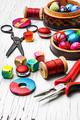 Making of handmade women jewellery