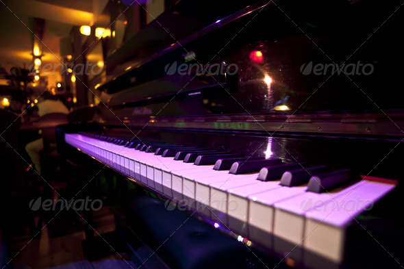 Stock Photo - PhotoDune Piano 2396134