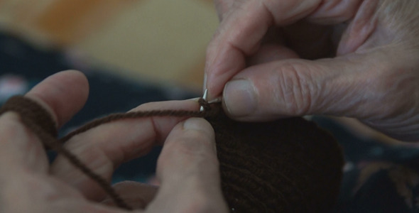 Knitting Old Hands