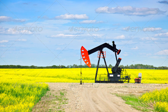Stock Photo - PhotoDune Nodding Oil Pump In Prairies 205925