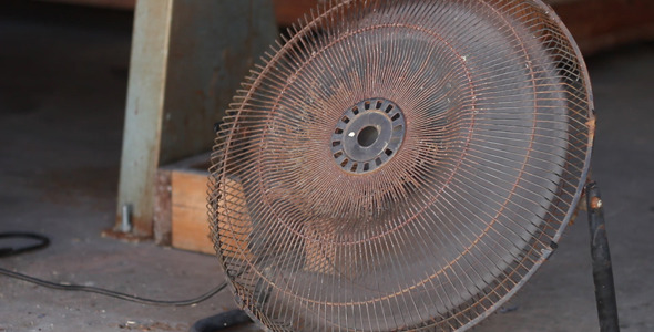 Shop Fan Running