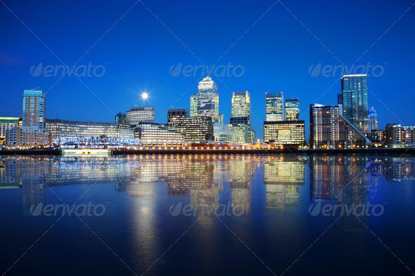 PhotoDune London Docklands at night 2857083