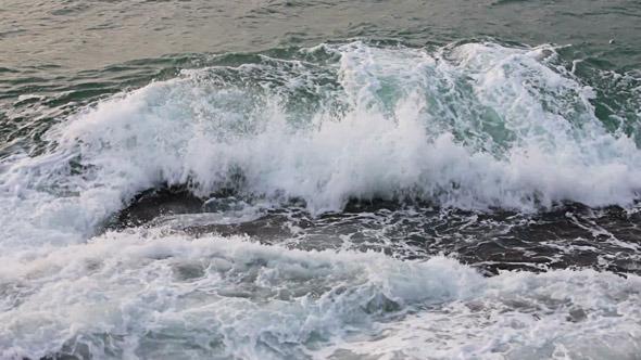 Waves Breaking On The Rocks 2
