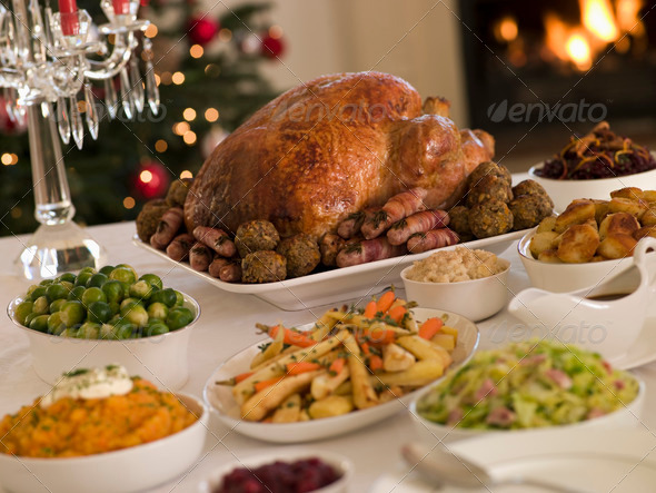 PhotoDune Christmas Roast Turkey with all the Trimmings 331393