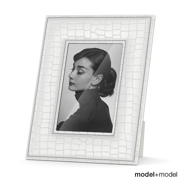 3DOcean White skin picture frame 114894