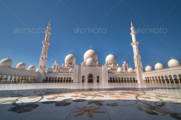 Sheikh Zayed Grand Mosque in Abu Dhabi, United Arab Emirates - Stock Photo - Images