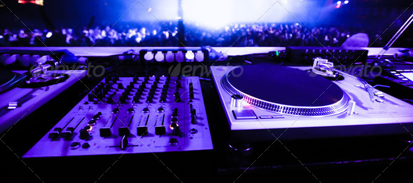 PhotoDune DJ turntables 3475234