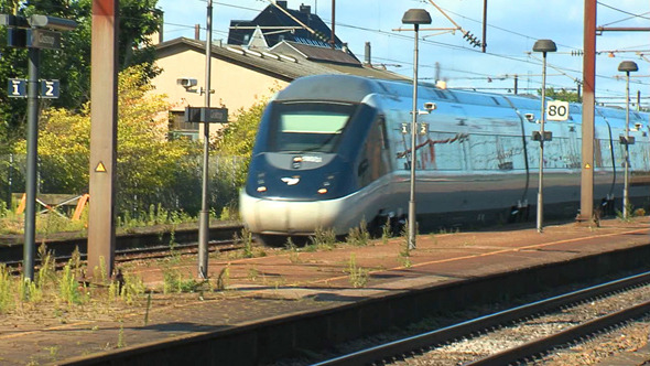 High Speed Train 1