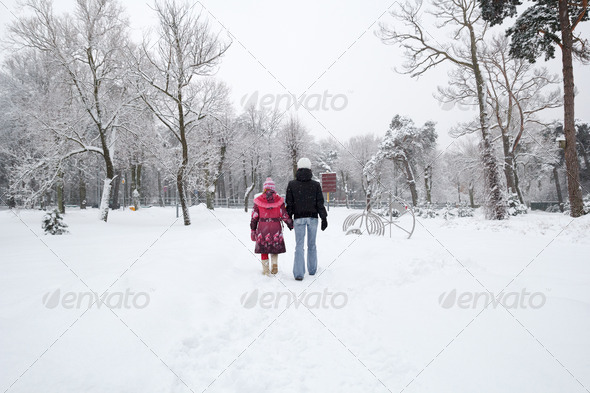 PhotoDune snowy town park 3614720