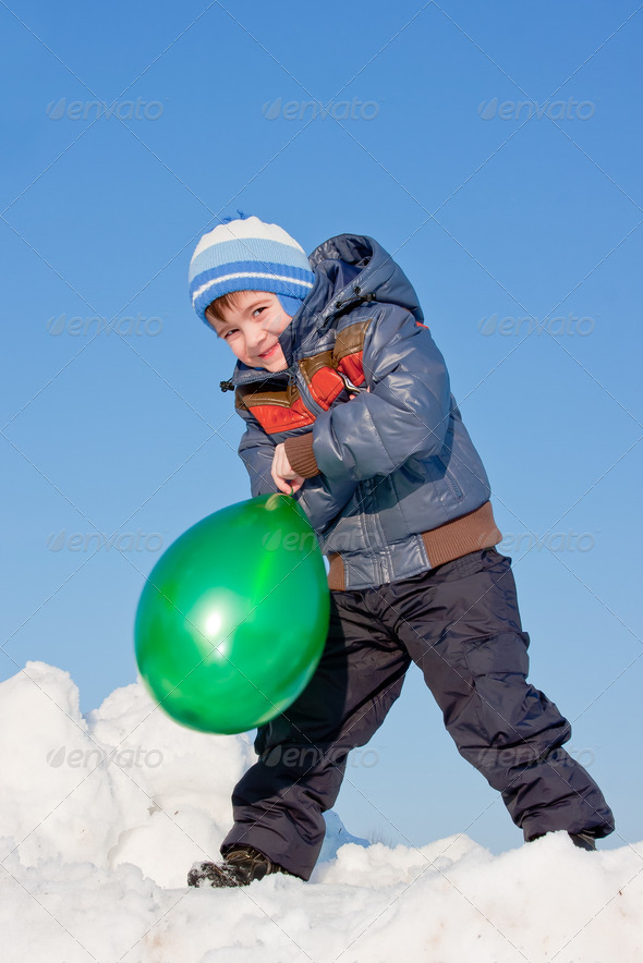 PhotoDune boy with air marbles on nature 3665056
