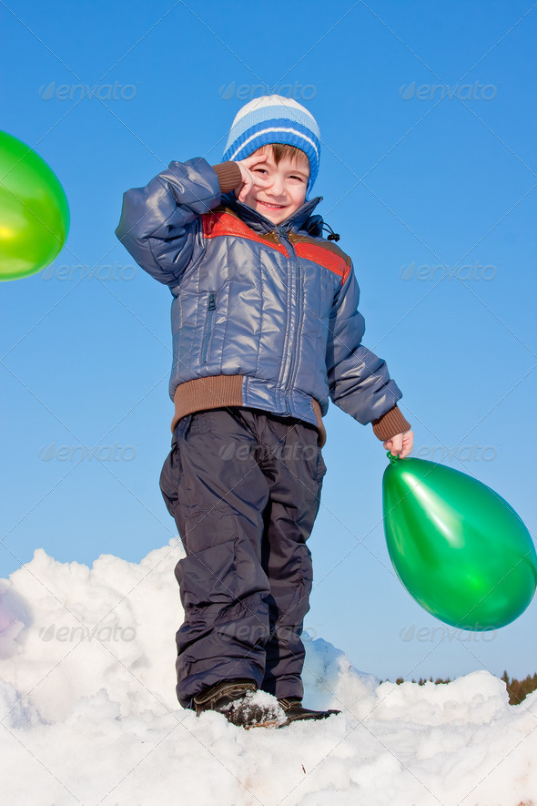 PhotoDune boy with air marbles on nature 3665064