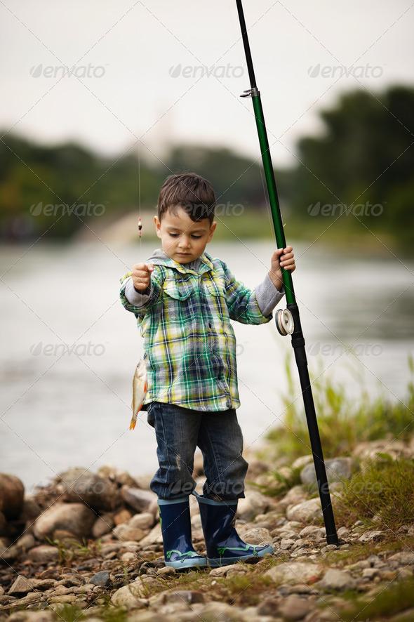 PhotoDune photo of little boy fishing 3669162