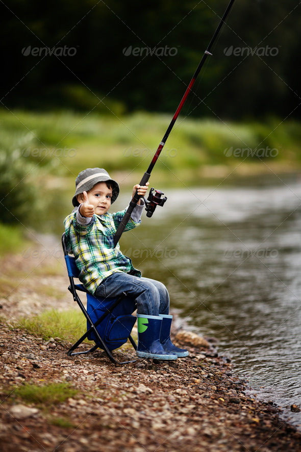 PhotoDune photo of little boy fishing 3669175