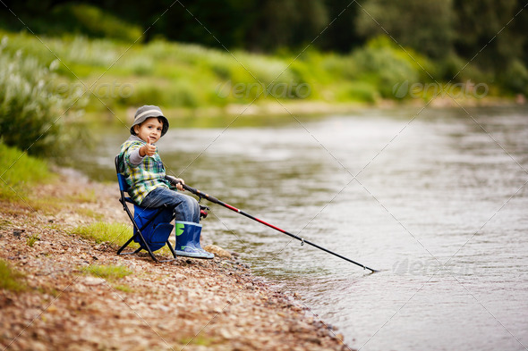 PhotoDune photo of little boy fishing 3669171