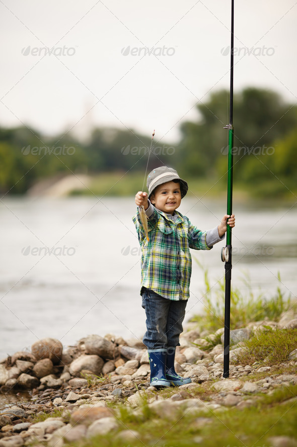 PhotoDune photo of little boy fishing 3669176