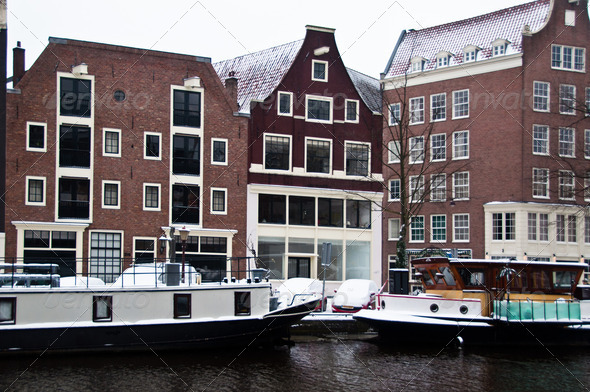 PhotoDune Amsterdam Canal with House Boats 3668877