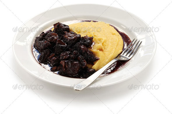 PhotoDune beef stew with polenta 3685991