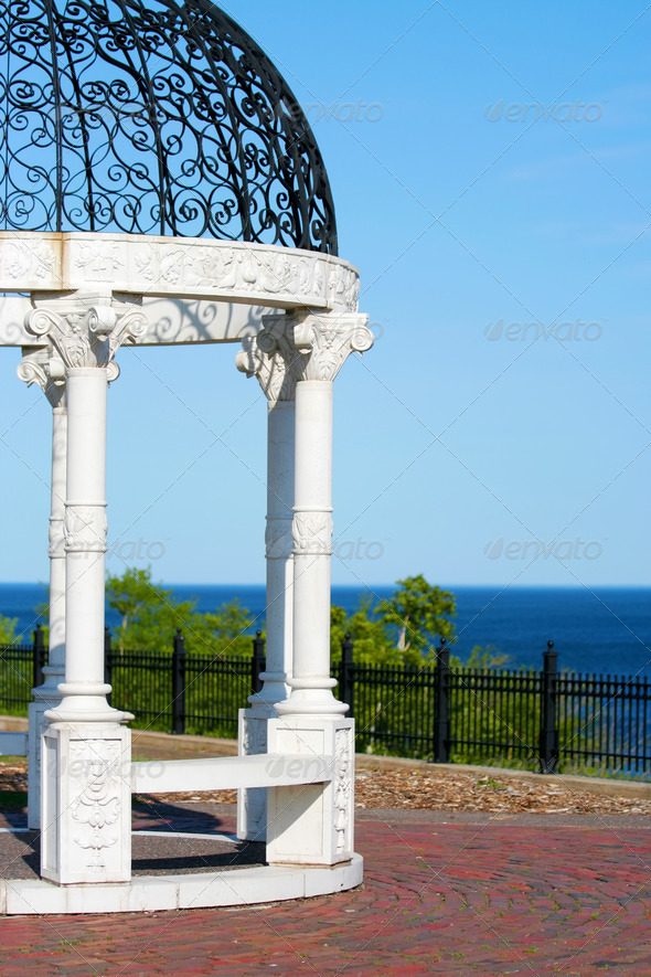 PhotoDune Gazebo by Lake Superior 3675682