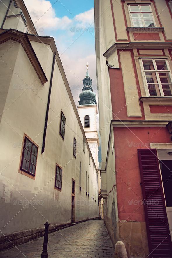 PhotoDune Narrow street in Vienna 3706717