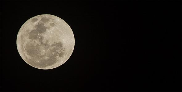 560mm Full Moon Time Lapse 3K Resolution