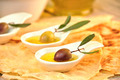 olives with extra virgin olive oil