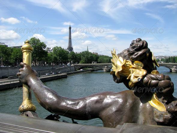 PhotoDune Golden Bridge in Paris 3826731