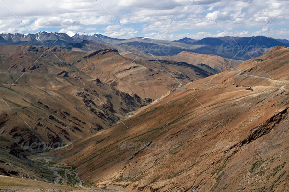 PhotoDune Mountain Road in Ladakh 3854144