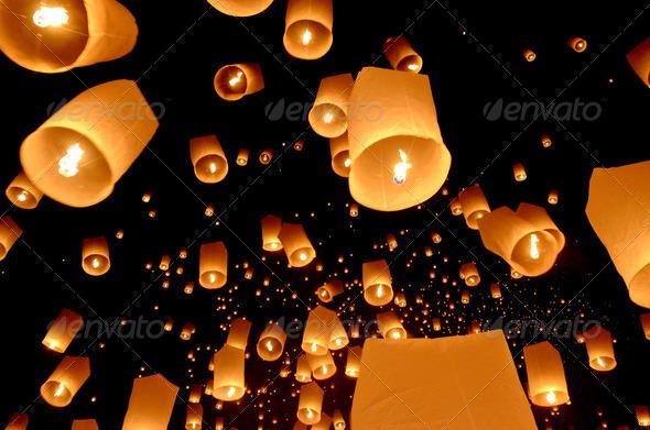 PhotoDune Floating lantern Yi Peng Balloon Festival in Chiangmai Thailand 3881574