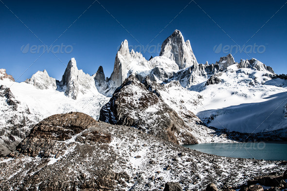 PhotoDune Nature landscape with Mt Fitz Roy in Los Glaciares National Park Patagonia Argentina 3911794